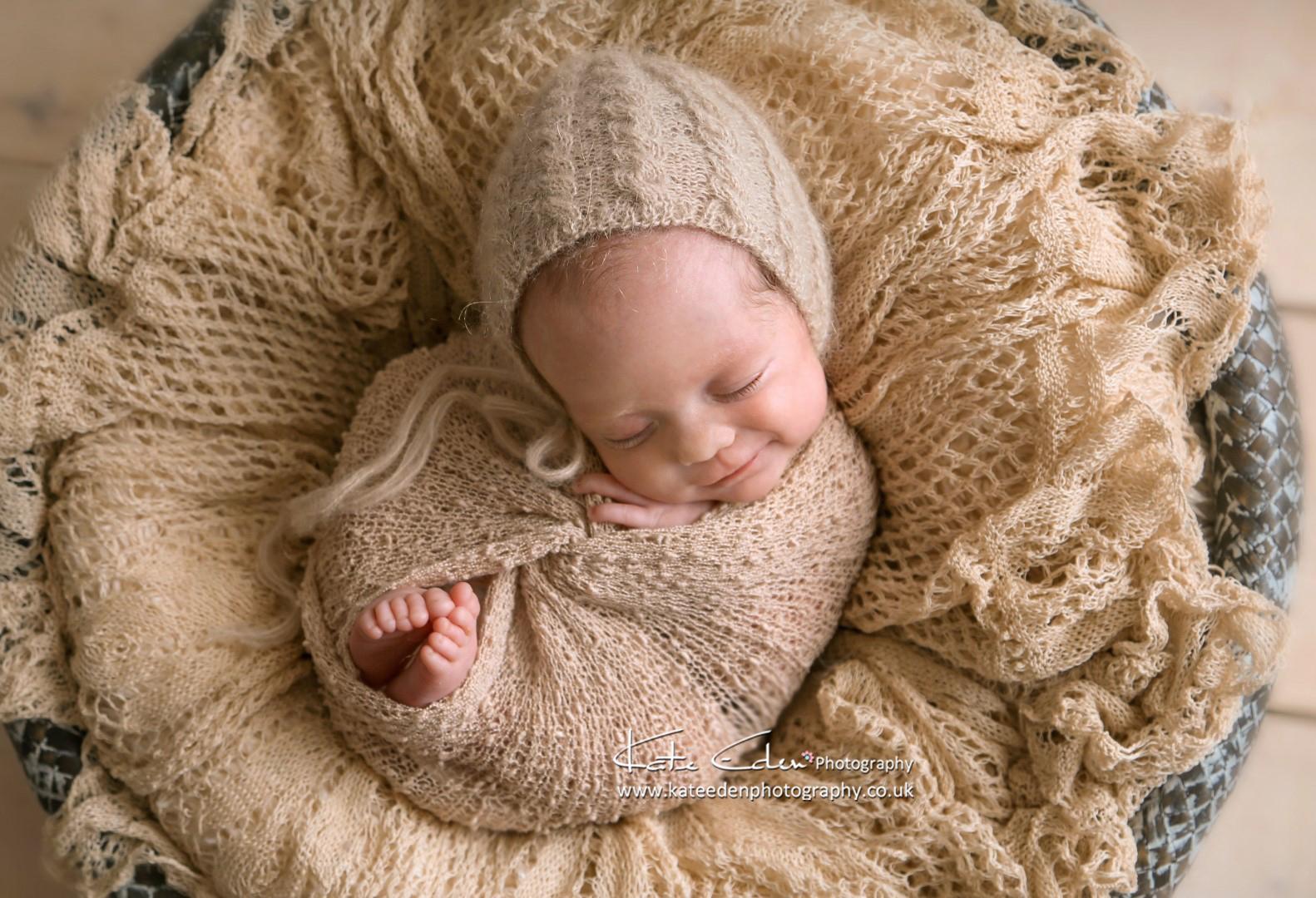 Cute newborn girl - Newborn photographer Aberdeen