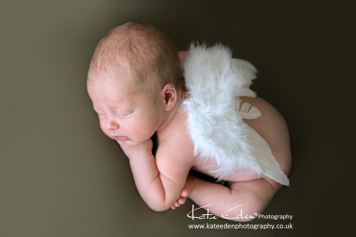 little angel - newborn photography Aberdeen