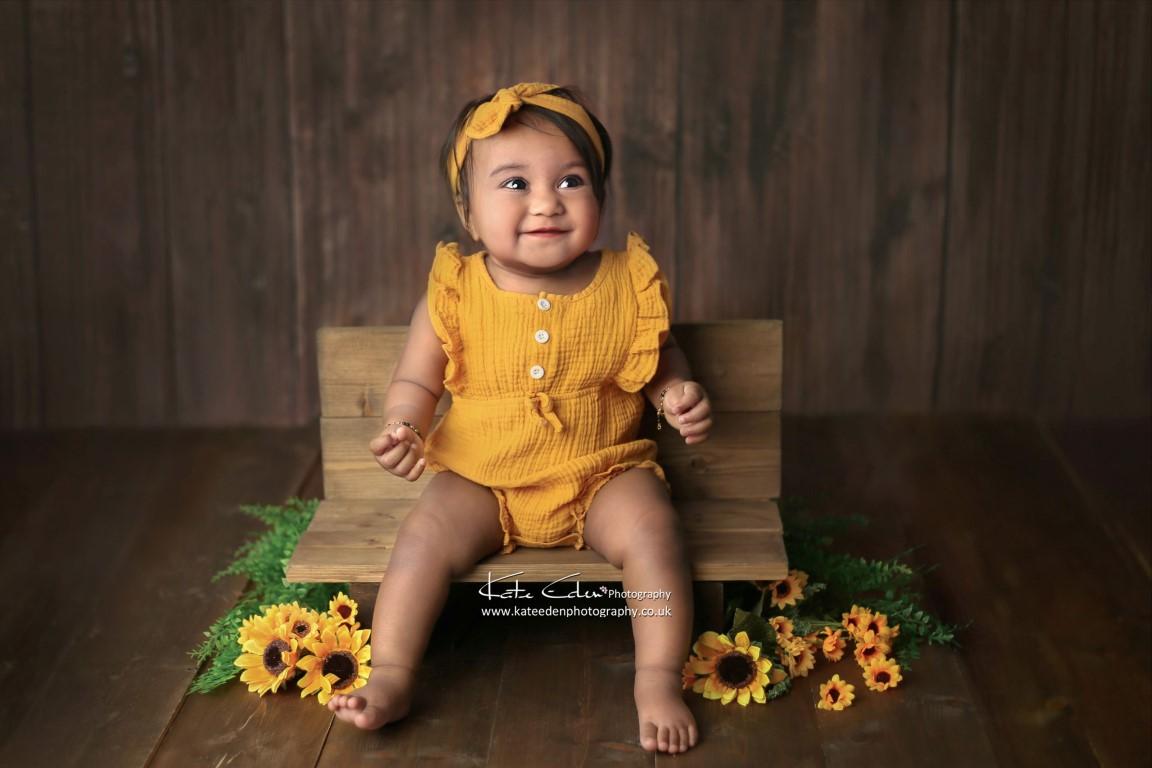 Sitter session - Kate Eden Photography - Milton Keynes baby photographer