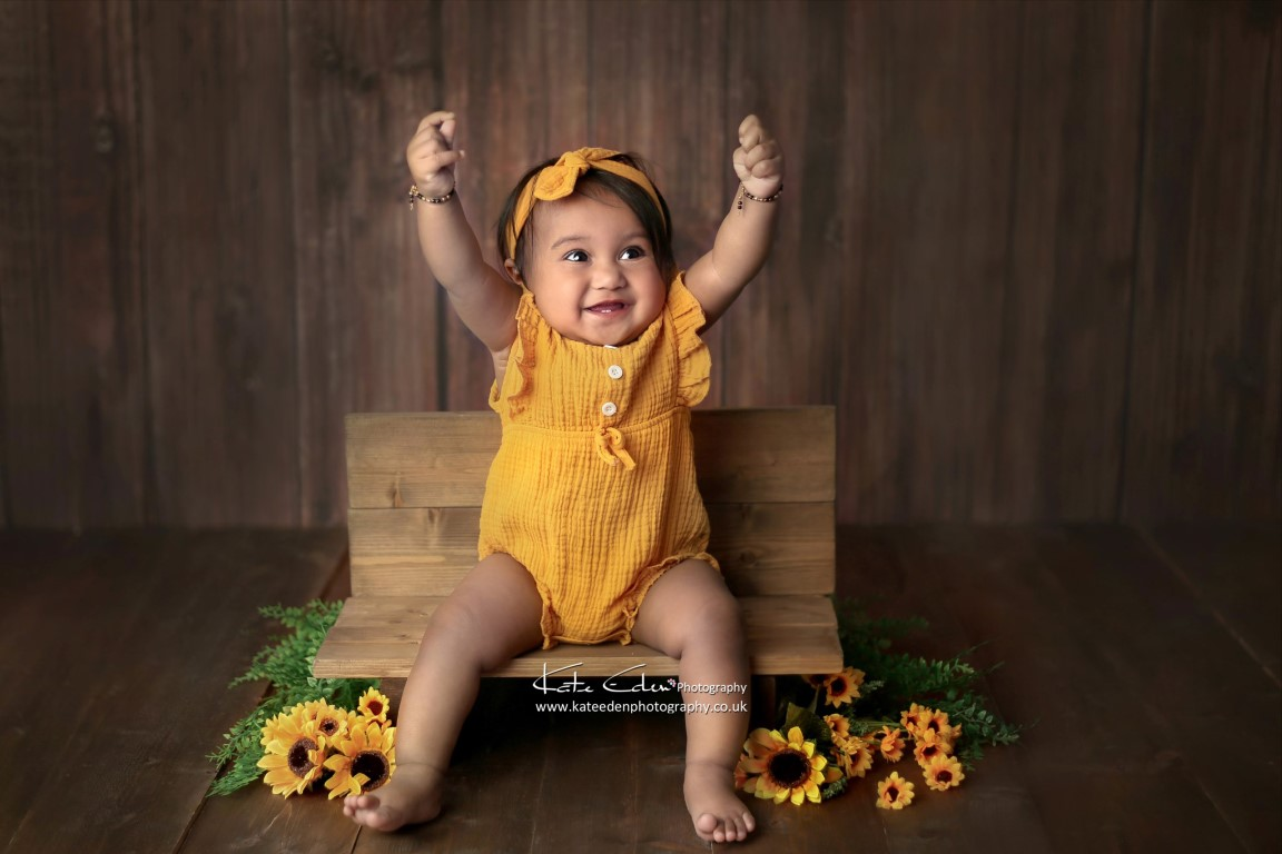 9 months old baby girl - Kate Eden Photography - Milton Keynes baby photographer