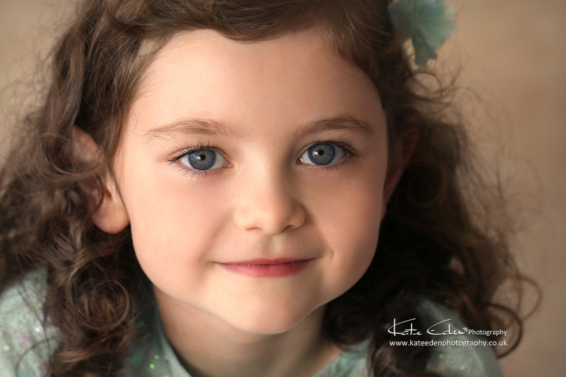 Child photography - portraiture - Kate Eden Photography