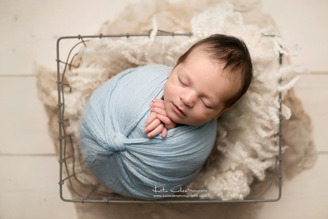 Newborn baby photo session in Milton Keynes - Kate Eden Photography