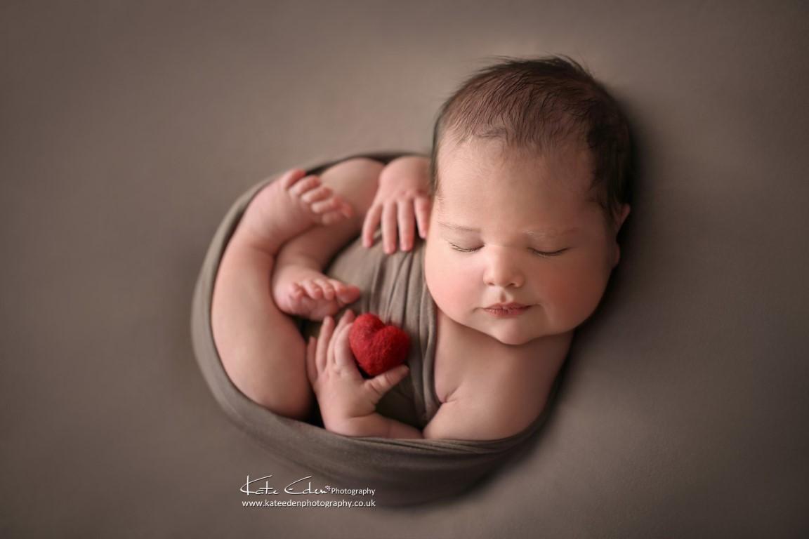 Newborn Photography Milton Keynes - Kate Eden Photography - Valentine's day