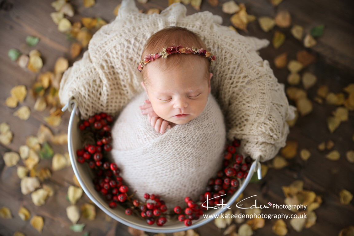 Autumn vibes - newborn photography