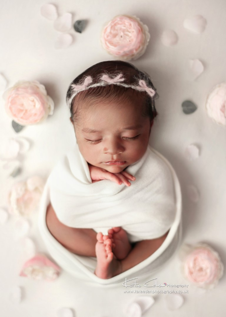 Flower pose - Newborn photography - Kate Eden Photography