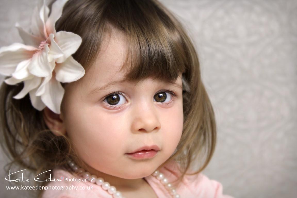 Child Portraiture - little girl with big eyes